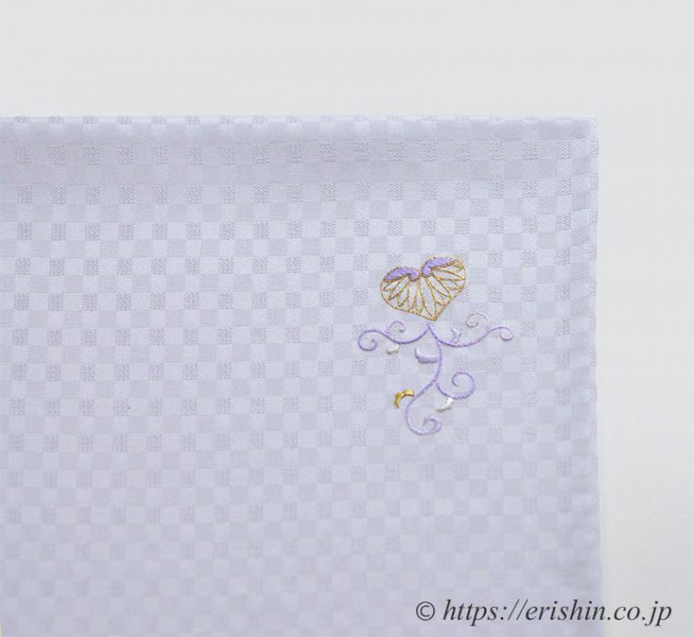 色無地に刺繍葵唐草紋のお仕立て上がり(袖口)