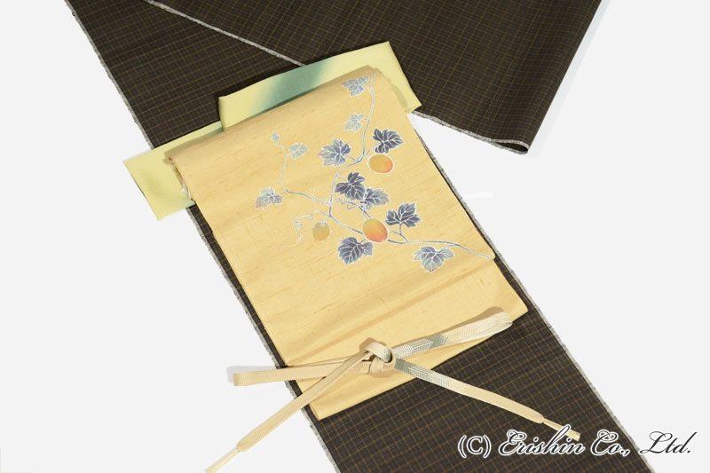 烏瓜の染帯と久米島紬