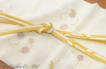 天神唐草刺繍の帯揚げと高麗組矢羽根柄の帯締めのコーディネート(拡大)