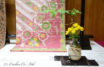 「バティック&アジアの染織」展