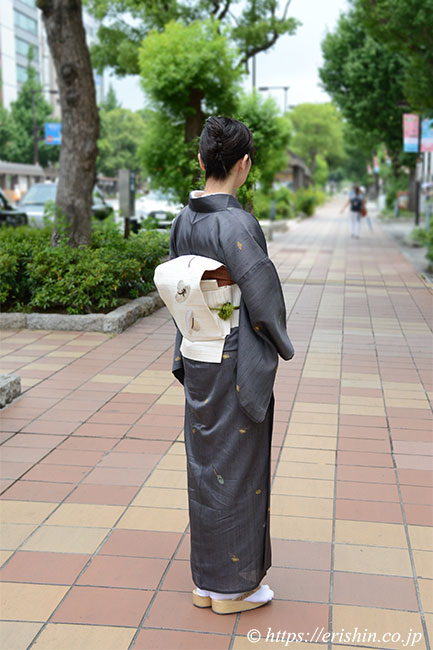 紗紬小紋に麦わら帽子刺繍名古屋帯