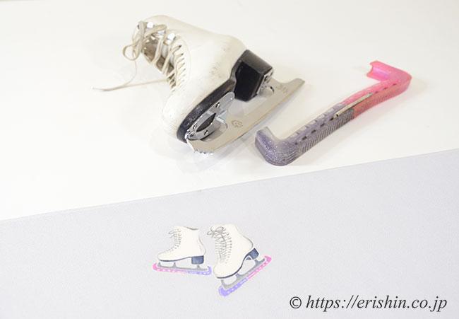 お誂え染め帯の前腹の柄(スケート靴)