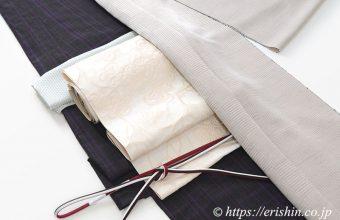 士乎路紬(しおじつむぎ/矢鱈格子)に八寸織名古屋帯(アップルフラワー/博多織)