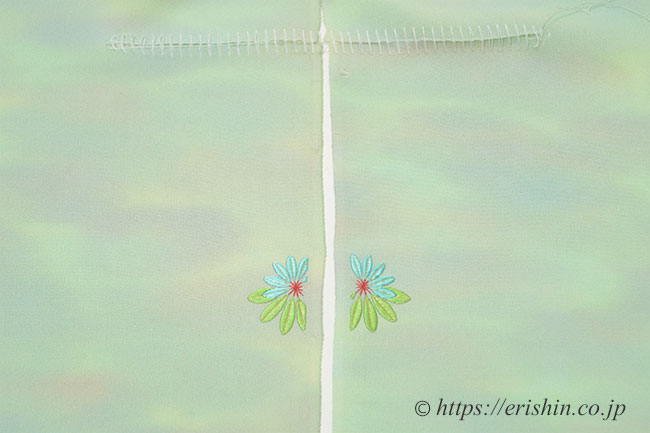 刺繍洒落紋のお誂え「ゆずり葉」縫い上がり後