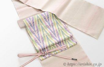 コーディネート「暈かし細縞段の本場結城紬に、根津美和子さんの帯」