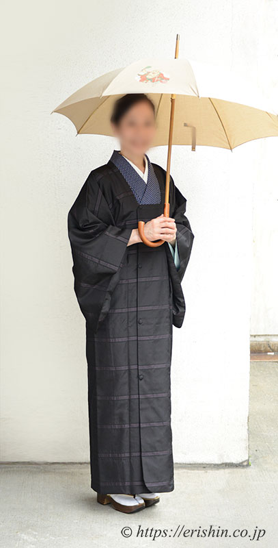 洛風林しじら織コート(雨コート兼用)着姿