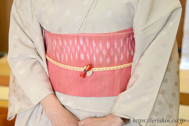 made in ラオスの半巾帯で、生繰りの艶が素敵な半幅帯です。