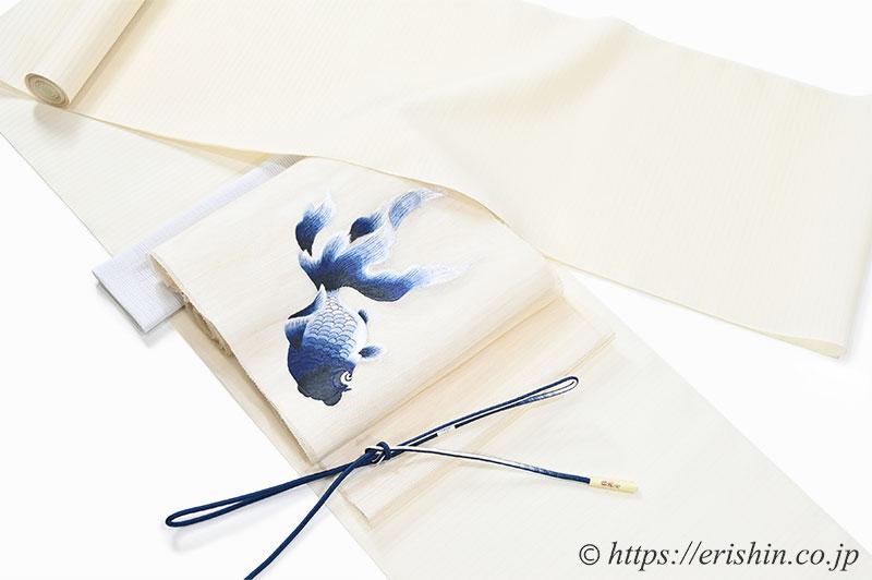 白たか上布に夏名古屋帯(金魚・刺繍)のコーディネート