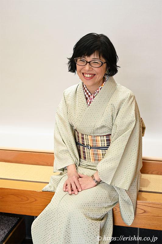 洗える絹の着物「丹後織御召」水玉柄 ご着用の兵庫県M様