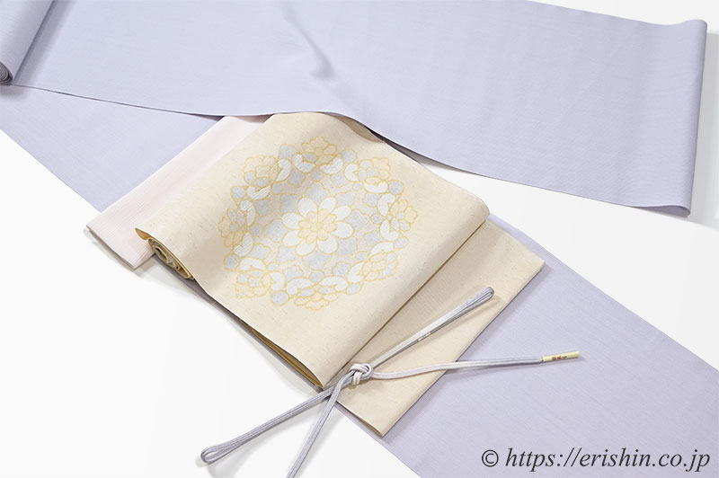 白たか御召(白鷹御召)に洛風林の九寸織名古屋帯と帯締め帯揚げのコーディネート